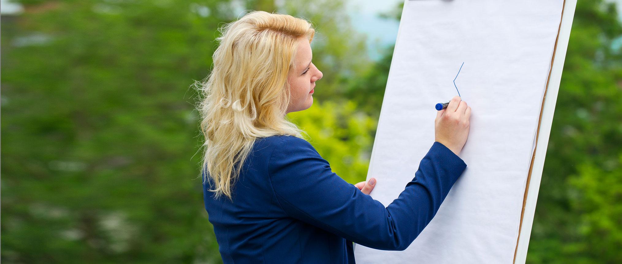 Mirke Kopmann von KMB| kümmert sich gerne um Ihre Konzepte.