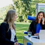 KMB| Wiesbaden Jubilaeumsshooting Marie telefoniert froehlich