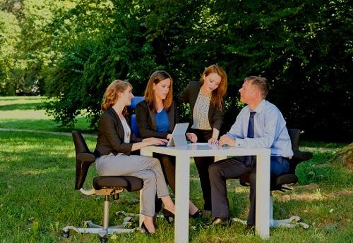KMB| Wiesbaden Jubilaeumsshooting such Berater muessen sich beraten